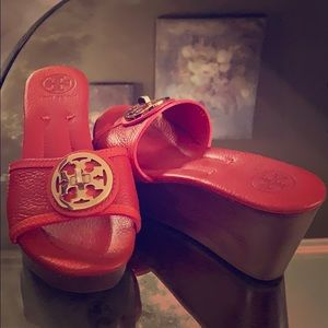 Tory Burch Platform Slides
